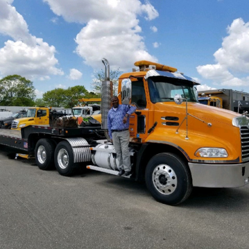 US Aerials & Equipment Rental Offers Heavy Haul Trucking Services